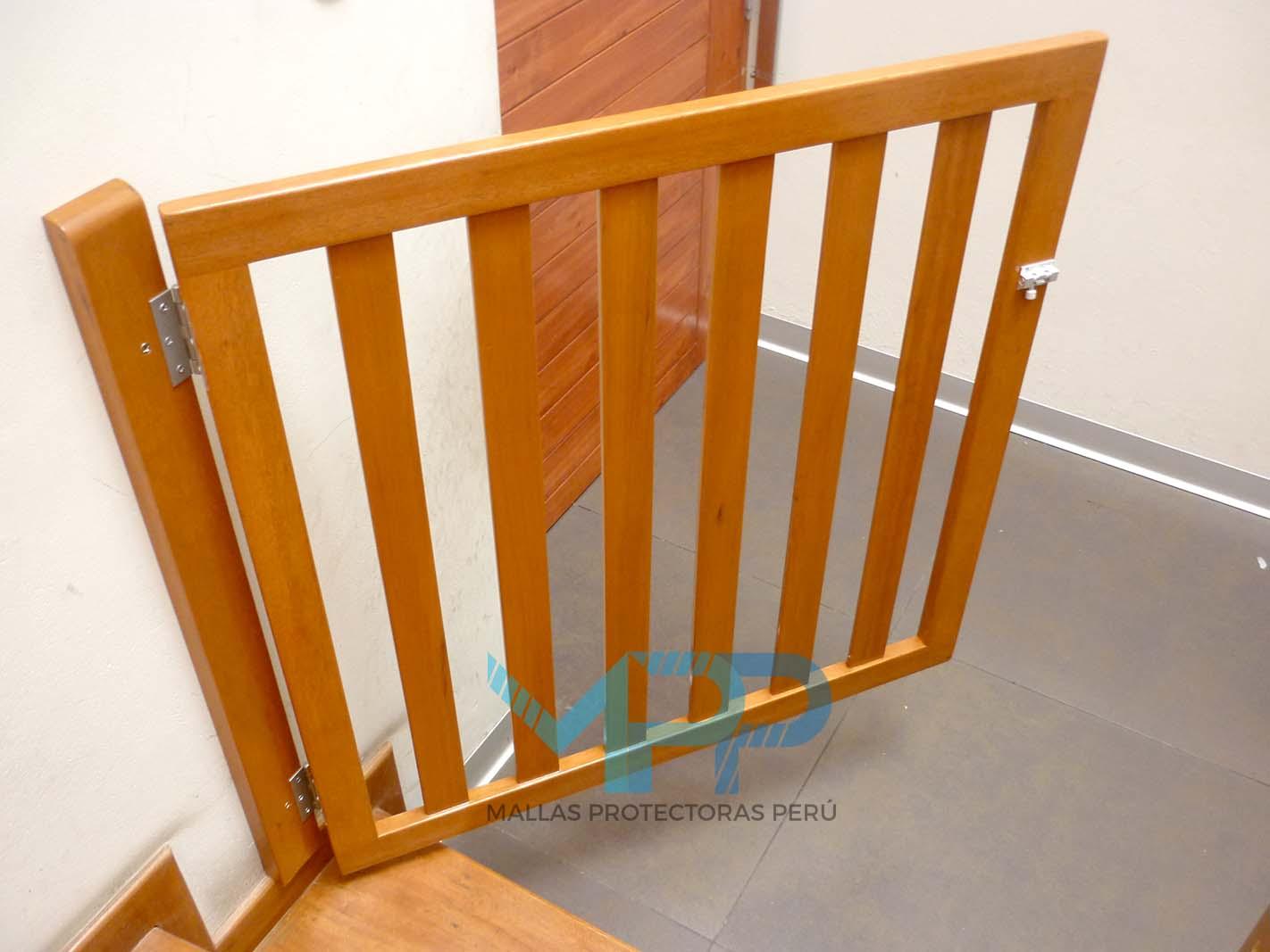 Mallas protectoras peru - Puertas escaleras para ninos ...